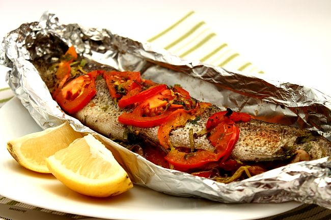 Pastrav la cuptor cu legume - Oven roasted trout with vegetables