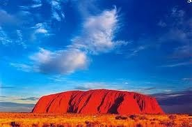 This rock in Australia changes colors when the sun rises and sets! (Ayers Rock, Australia)