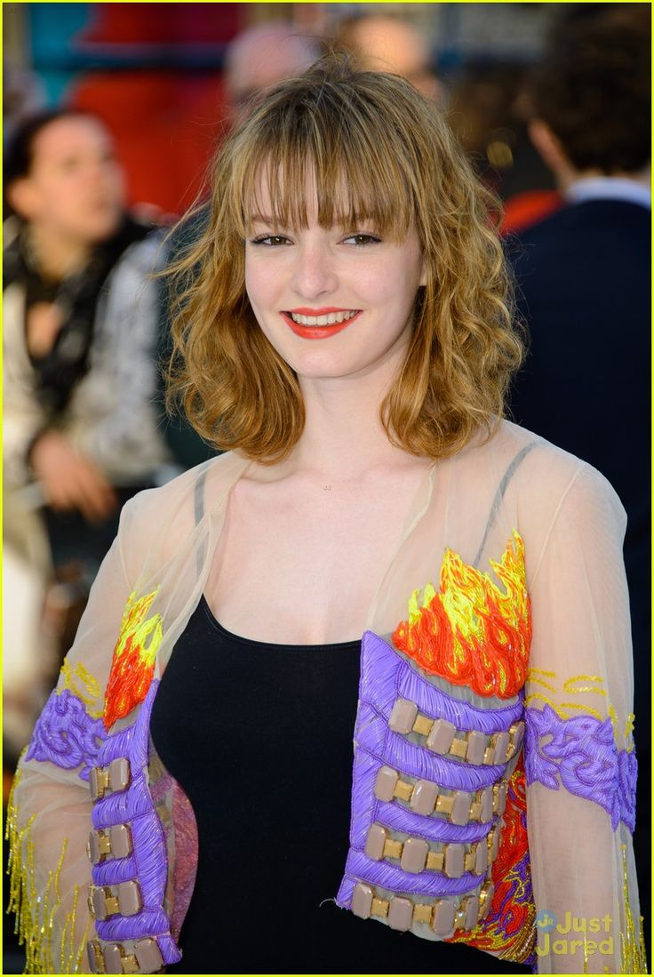 Dakota Blue Richards: 'Star Trek Into Darkness' London Premiere | dakota blue richards star trek london 04 - Photo
