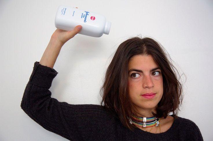 6 idées de shampoings secs maison : une bonne astuce pour les matins pressés !