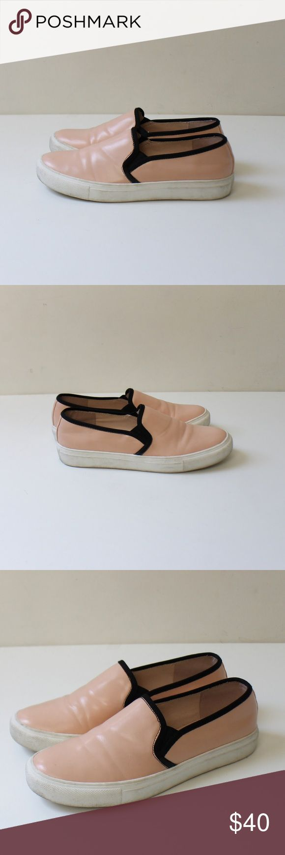 Kurt Geiger Carvella Pink Leather Slip On Shoes Kurt Geiger Carvella light pink leather and black trim slip-ons with rubber sole. Excellent condition. Worn only 2 times. Size 40 kurt geiger Shoes Sneakers