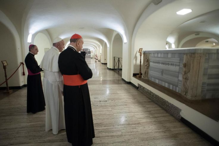 By Junno Arocho Esteves Catholic News Service VATICAN CITY (CNS) — Pope Francis recognized that Pope John Paul I, who served only 33 days as pope, lived the Christian virtues in a heroic way.…
