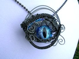 Wire Wrap - Eye Blue Violet Pendant Super Shift 3 by LadyPirotessa