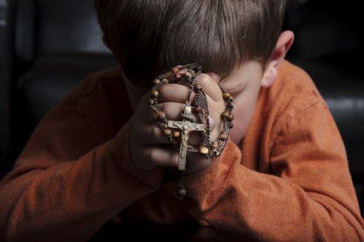 oração crianças fé amor santo terço