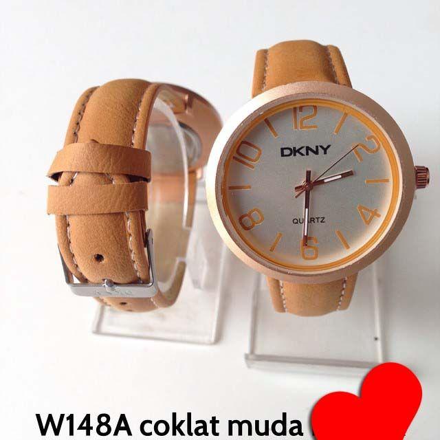 Jam tangan DKNY for ladies || Kode barang : W148A coklat muda || Harga 85ribu || Diameter : 3.7cm || Tali : kulit lapis suede || Water resistant: tidak