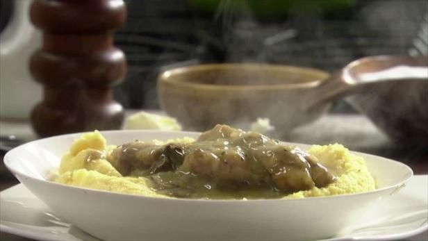 Chicken with Porcini Gravy and Polenta Recipe from Rachel Ray
