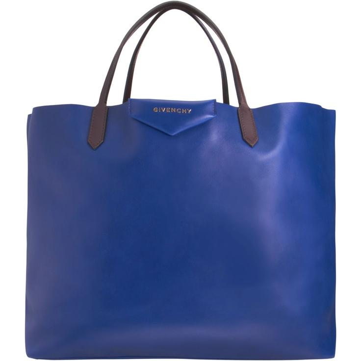 antigona toteGivenchy Antigona, Antigona Totes, Tops Totes,  Postbag, Blue Sugar, Awesome Handbags, Fun Totes, Givenchy Totes, Finding Handbags