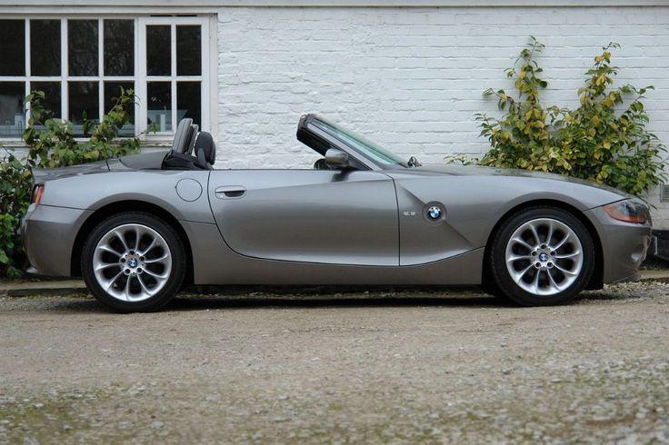 Grey BMW Z 4