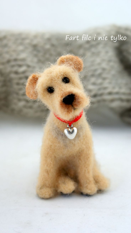 Felted dog.........soooo cute!                                                                                                                                                     More