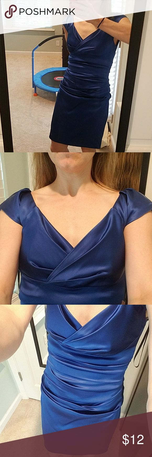 Electric blue dress Awesome electric blue dress perfect for weddings.  It was shortened and now fits like a 2 petite.  I'm 5'3 and it hits a little above the knee. suzi chin for maggy boutique Dresses Wedding