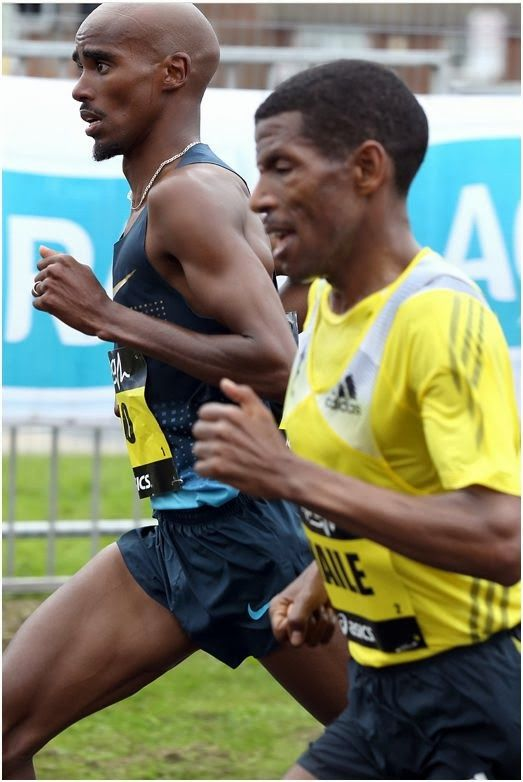 Newcastle Sports Photographer: 2013 Great North Run with Mo Farah and Haile Gebrselassie at the 9 mile marker. ©Photographer Dave Charnley Photography Tel 07753559235