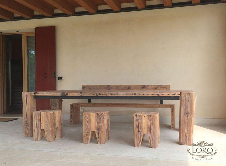 tavolo con legno di recupero da travi antiche
