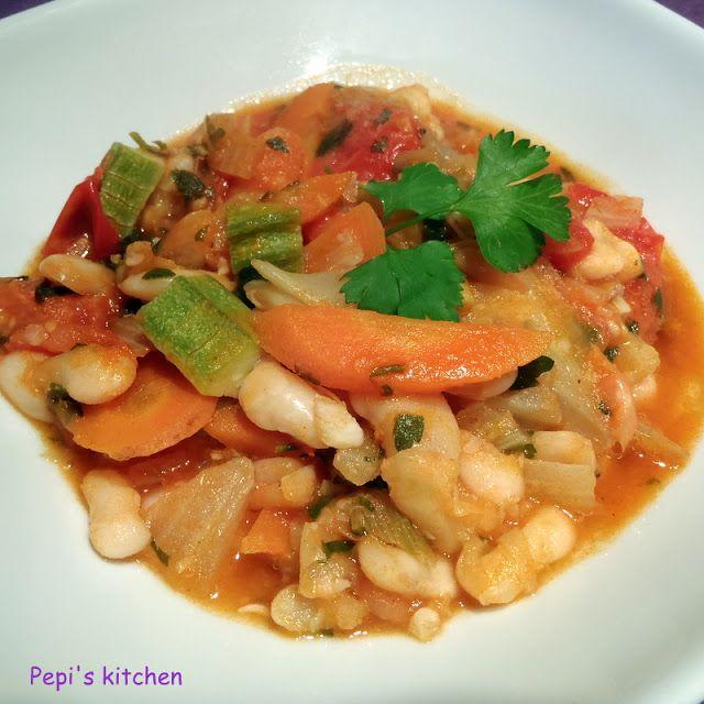 Φασόλια με ινδικά μπαχαρικά http://www.pepiskitchen.blogspot.gr/2012/01/blog-post_18.html