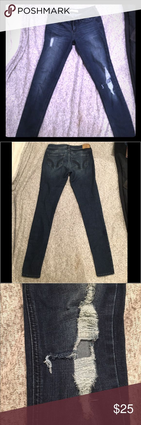 Hollister distressed skinny jeans, size 2 Love these. Worn once or twice. Distressed and super cute. Knee tear looks like it may of torn a little more than when purchased though I'm not foresure. The more distress the better! Hollister Jeans Skinny