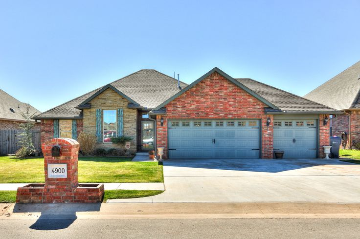 4900 SW 129th Street, OKC OK 73173  Williamson Farms Addition Gated community with a POOL. Perfect home for entertaining friends and family.