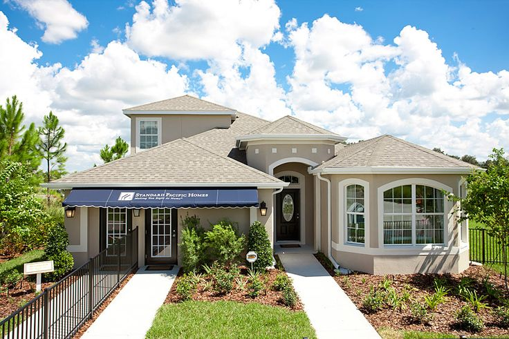 A beautifully decorated Brookland model by Standard Pacific Homes is now offered at an affordable price! Located in the Glenbrook neighborhood of WaterGrass in Wesley Chapel, FL