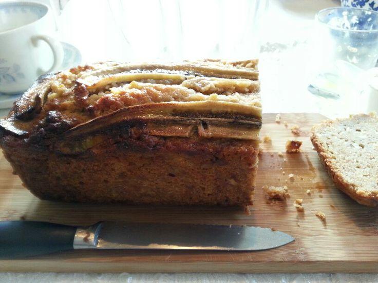 Zelfgemaakt bananenbrood. .delicious