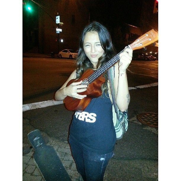 Serenaded by a skate boarding beauty at 2am on king st. Why I luv ny! #clointimo #inspiration