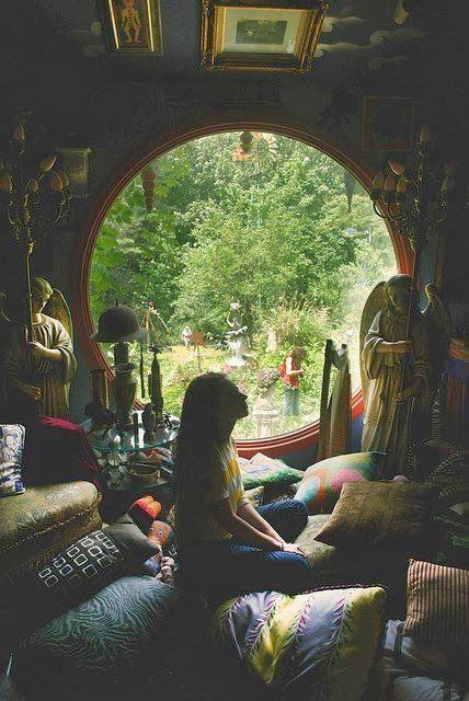 DUDE! I want this to be my room! I want to live in a room like this and be able to look outside and just see nature.