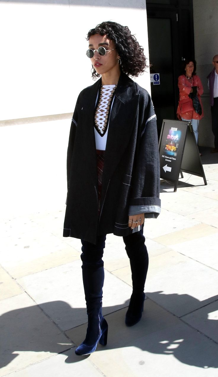 FKA twigs Steps Up Her Cool Look for Fall, BBC 1 Radio, London, September 10, 2015
