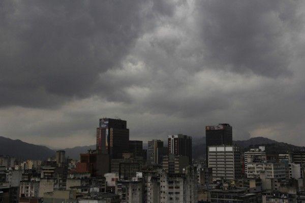 Este viernes el país se mantendrá parcialmente nublado sin precipitaciones