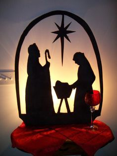 Resultado de imagen para siluetas de nacimientos navideños EN TELAS GIGANTES CON LUCES