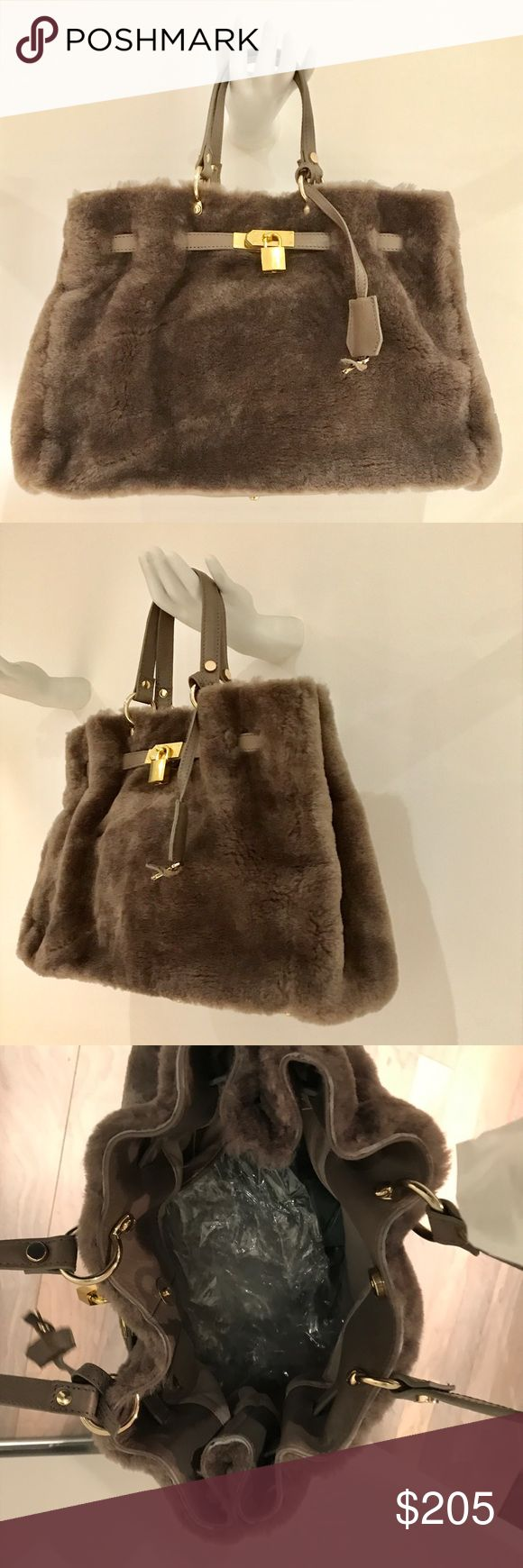New Charles David Genuine Shearling handheld bag New with Tags!  Beautiful. Hermès like styling. Charles David. 💯 % genuine shearling. Charles David Bags Satchels