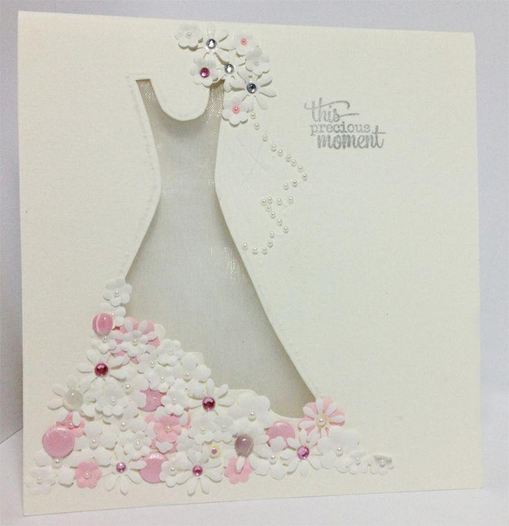 Свадебные открытки с платьями