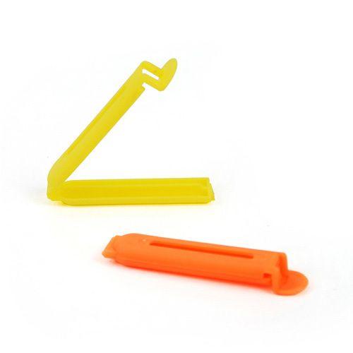 Daily LifeSmall food sealing clip / seal clip (7CM) $0.05