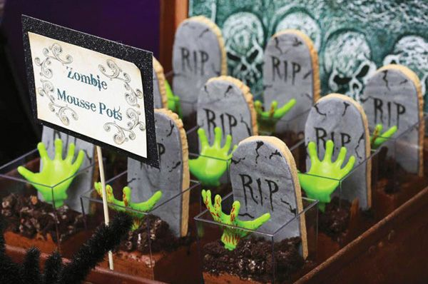 Great zombie mousse pots! halloween dessert