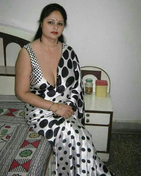 Pakistani escorts models available fep69com a sexy famous model amp tv actress sumera showing her shaved pussy amp tight boobs in islamabad city 19 yrs hot desi beauty does catwalk only in bra amp no panties - 4 8