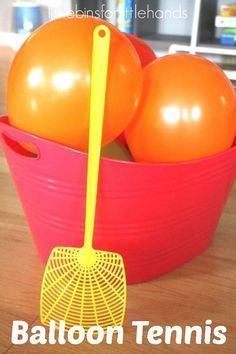 Balloon tennis for an indoor gross motor sensory play game.  This is a perfect activity for the end of the school year.  Great for students with motor challenges and other special learning needs.  Read more at:  http://littlebinsforlittlehands.com/balloon-tennis-gross-motor-play-activity/