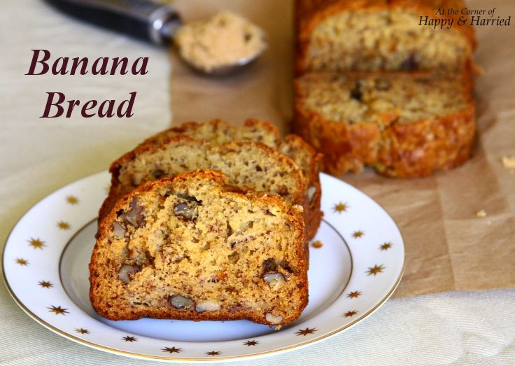 Need I really say anything more to convince you? Good ol' banana bread... that ingenious way to use up overripe bananas. How lovely art thou when baked with buttermilk, brown sugar and chopped waln...