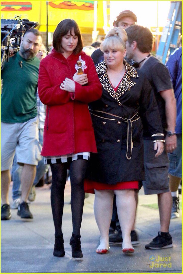 How To Be Single: Rebel Wilson · Rebel Wilson And Her Costar Dakota Johnson  Walk