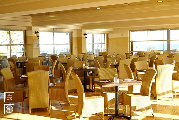 Main Restaurant Ariadne Early Breakfast: 07.00 – 07:30 (Light buffet)  Breakfast buffet: 07:30 – 10:30 (American Buffet Breakfast, Greek Breakfast corner) Late Breakfast: 10.30 – 11:00  Lunch buffet: 12:30 – 14:30  Dinner buffet: 18:30 – 21:30  Late Dinner: 23:00 – 01:00 (Cold buffet) #vitahotels #restaurants #crete