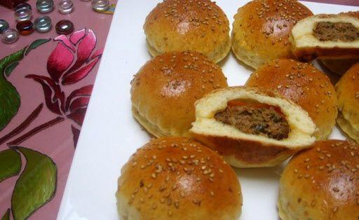 Petit pain farci à la viande haché - Choumicha - Cuisine Marocaine Choumicha , Recettes marocaines de Choumicha - شهوات مع شميشة