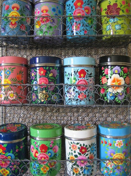 Instead of purchasing this set, I thought why not go to Goodwill, buy metal tins and then spray paint.  Cheap, and you can personalize it to your tastes.  Label and use as food storage or other unsightly items in the kitchen. =)