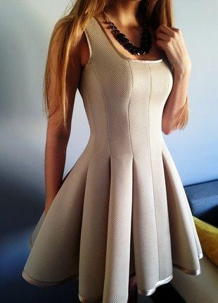 Kup mój przedmiot na #vintedpl http://www.vinted.pl/damska-odziez/krotkie-sukienki/11563148-elegancka-zlota-sukienka