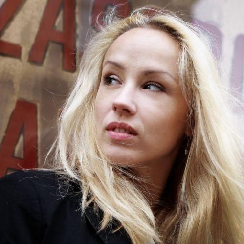 Petra Hrebícková   Blond kočka Hřebíčková je jen ...