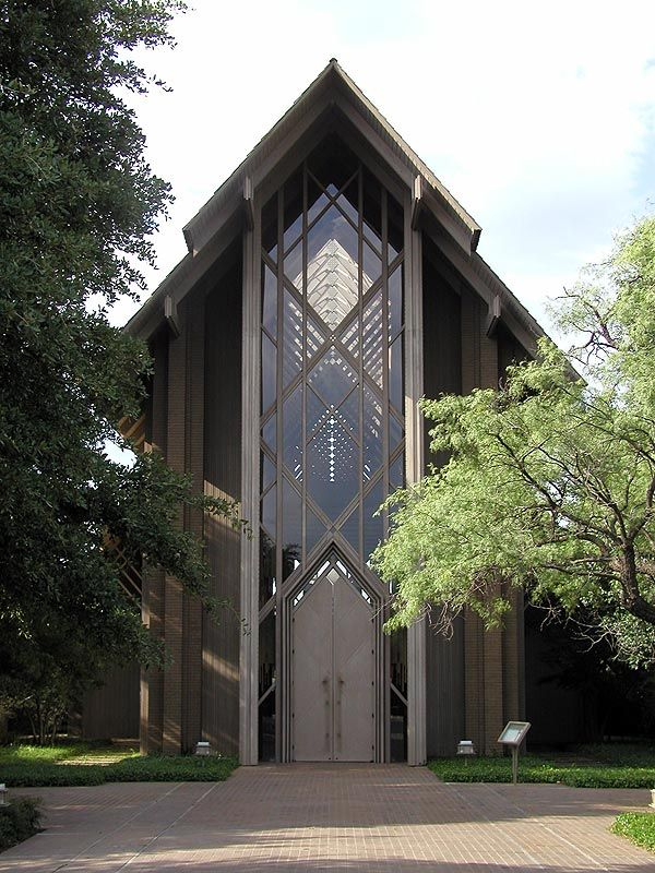 Marty Leonard Chapel - Ft. Worth, TX...Taylor has always said she wanted to get married here someday.
