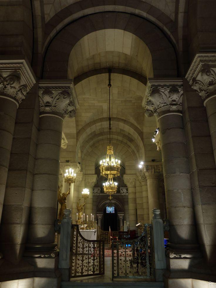 Cripta. Altar mayor. Vista perdendicular