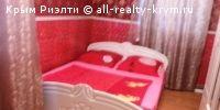 #Феодосия #сдам в аренду: Посуточно квартира в Феодосии  Сдаю Двухкомнатную квартиру со всеми удобствами на берегу моря, море-5мин. в Феодосии по ул.Революционная 12, пересечение с ул.Карла Маркса. В квартире есть всё для приятного отдыха горячая вода, кабельное ТВ,интернет WI-FI, DVD-диски,2кондиционера,постельное бельё, утюг, полотенце, стиральная машинка, уют, тишина, чистота. Кухня со всем необходимым посуда, микрволновка,моющие средства.Комнаты изолированные на 2+3 чел., в каждой…