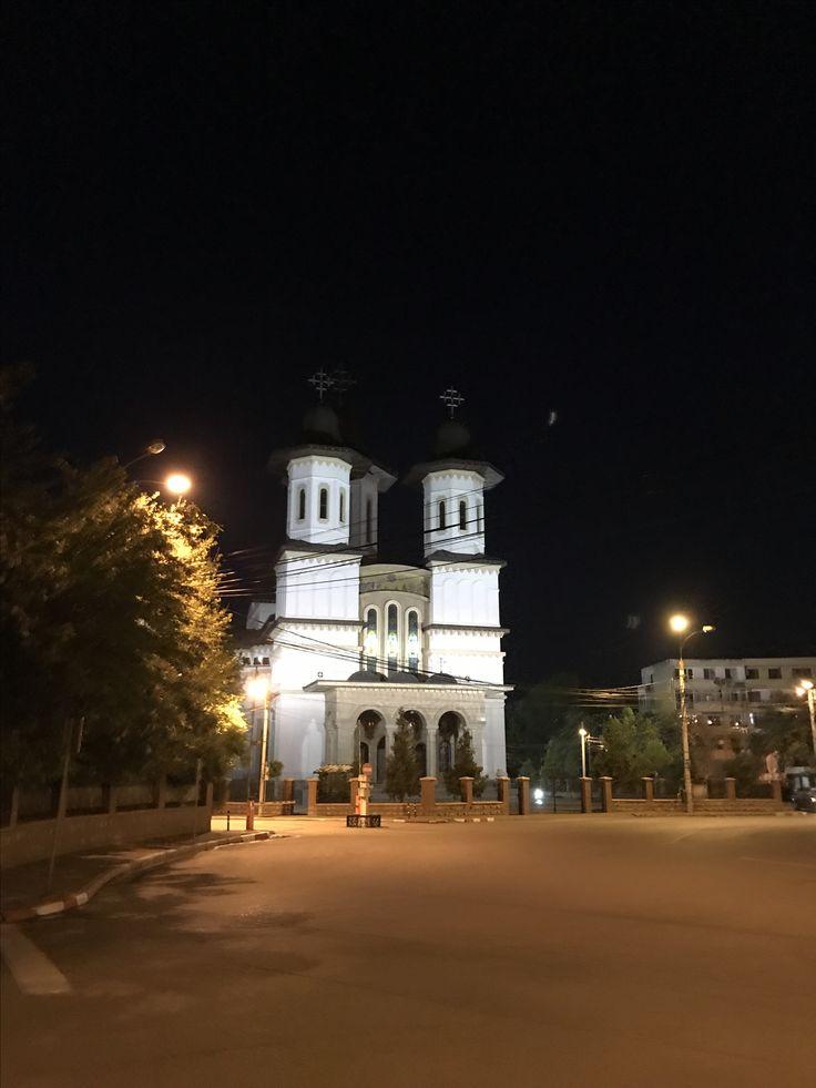 Buzău !  @profesionalnewconsult #romaniafrumoasa #romaniamagica #buzau #buzaupeinsta #buzauromania #city #oras #haihuiprinbuzau #haiafaraprinbuzau #walk #plimbare #prinbuzau #buzaucity #romania #buzaunoaptea #nightinthecity #nightout #anightout #cursuribuzau #profesionalnewconsult #profesionalnewconsultbuzau