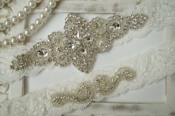 Wedding Garter, Bridal Garter Set - Ivory Lace Garter, Keepsake Garter, Toss Garter, Rustic Wedding - Style 100A