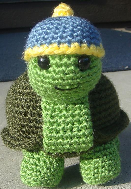 Speedy the Tortoise - Turtle Amigurumi P