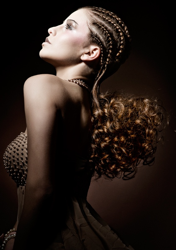 Hair: Lana Houthuijzen  Photografie: Richard Monsieurs  Visagie: Juliette Den Ouden