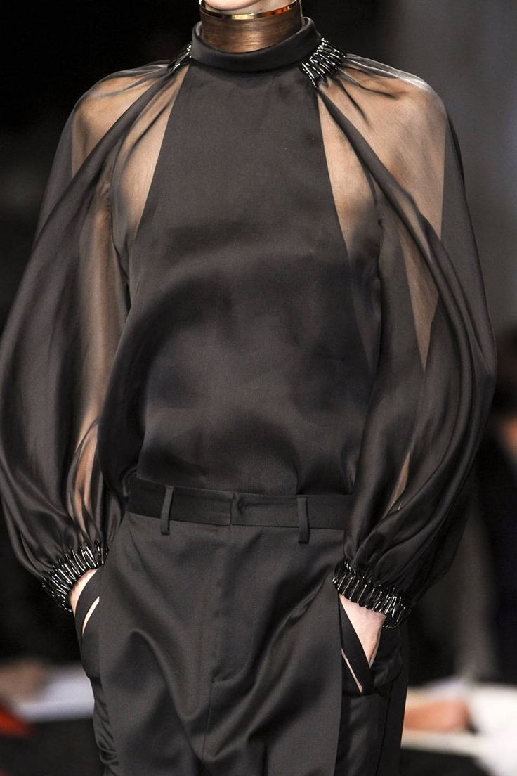 Givenchy Spring 2013 Ready-to-Wear Detail
