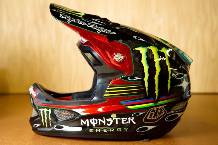 Sam Hill's signature edition Troy Lee Designs D3 helmet