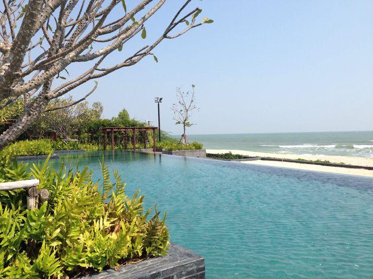 Sea and swimming pool.