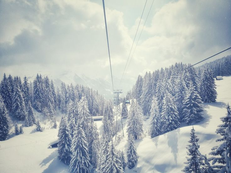 Cablecar to Grindelwald-First
